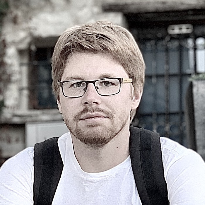Go to the profile of Ilia Kukharev